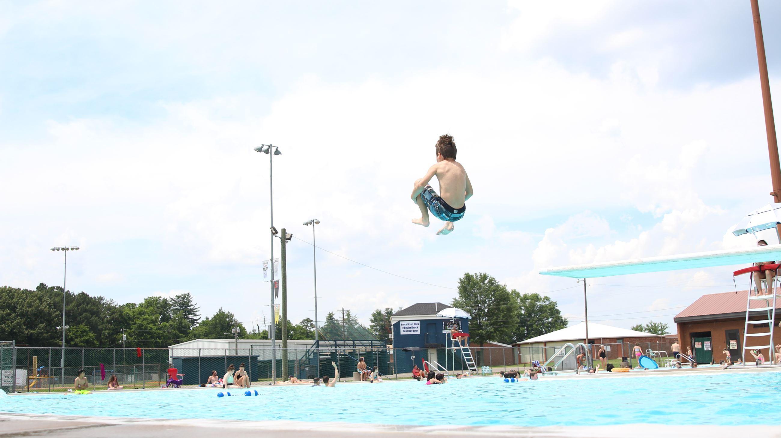 Pools and Splash Pads | Clarksville, TN